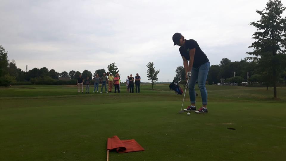 Golfpro Nienke